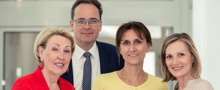 Helga Thurnher, Prim. Wolfgang Hilbe, Mag. Prieler und Mag. Andrea Ertl